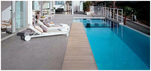 Carrelage ext rieur piscine n mes rev tement piscine n mes for Carreler piscine beton